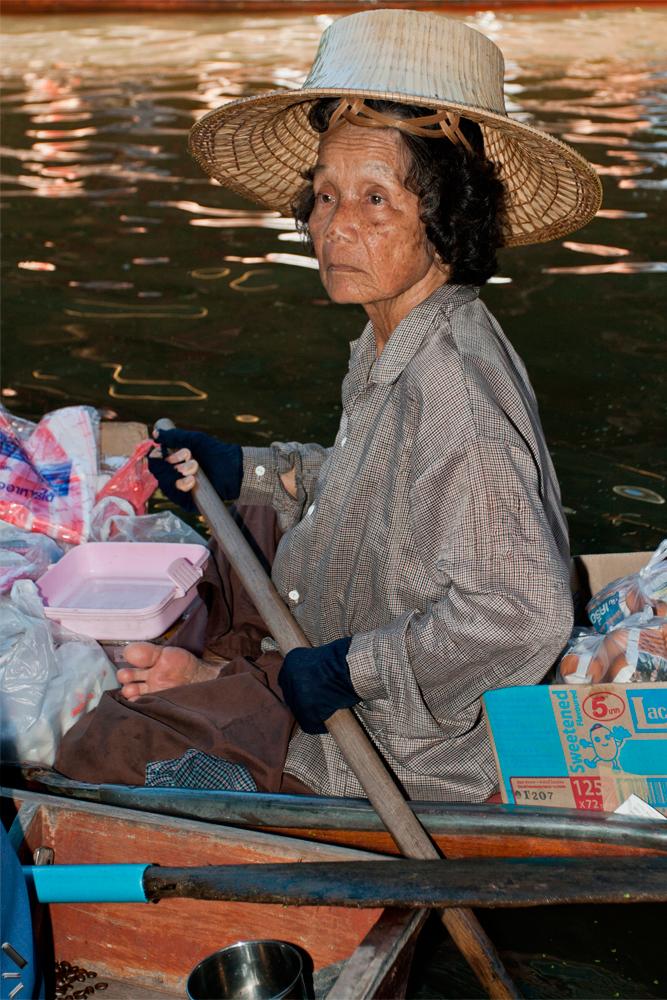Mercado-flotante-en-Tailandia