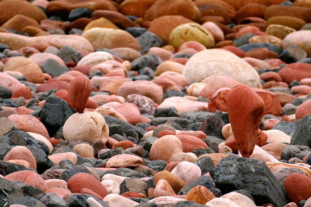 Piedras-equilibristas-en-la-Isla-de-Hoy-de-las-Orcadas