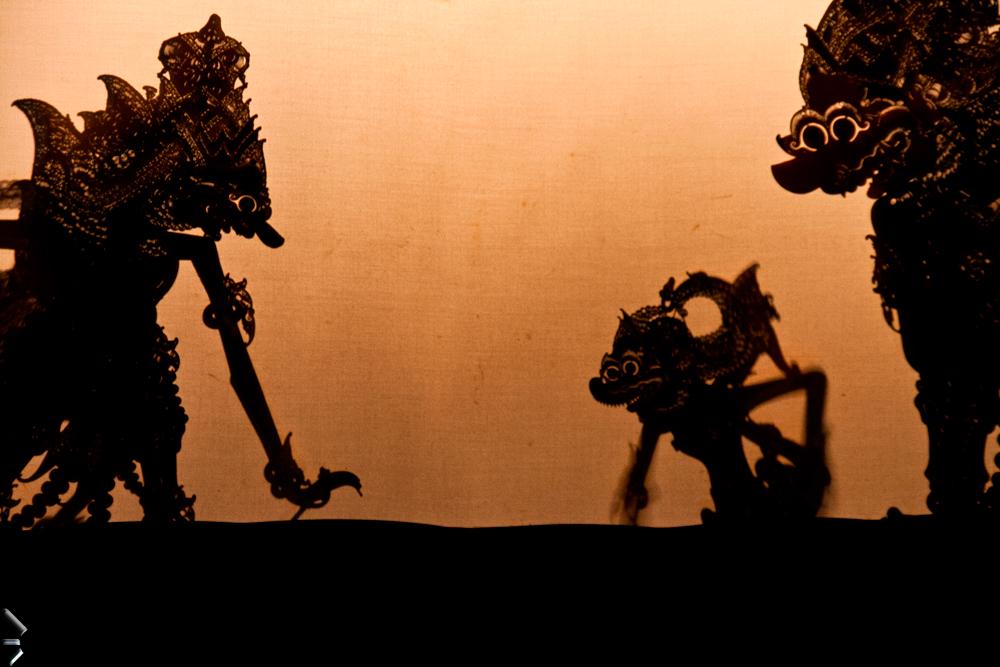 Teatro-de-sombras-en-Indonesia