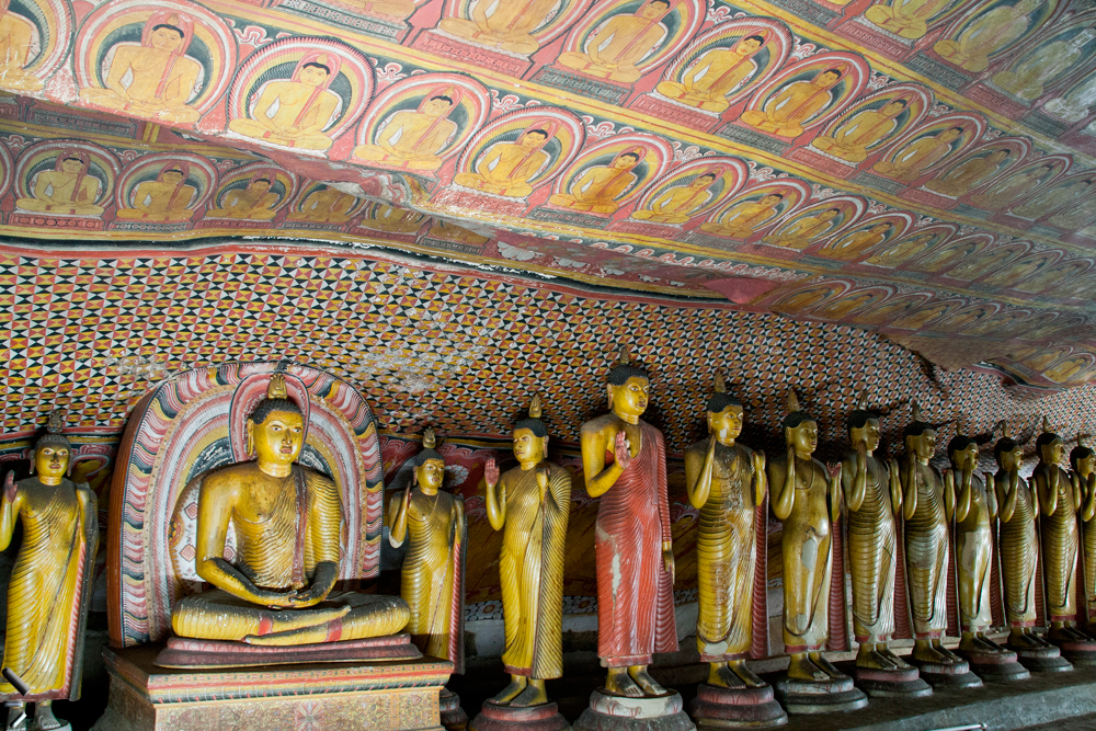 Templo-de-oro-de-Dambulla-en-Sri-Lanka