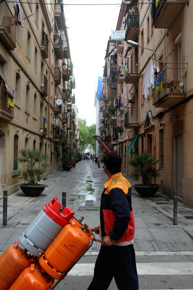 El-hombre-del-butano-en-Barceloneta