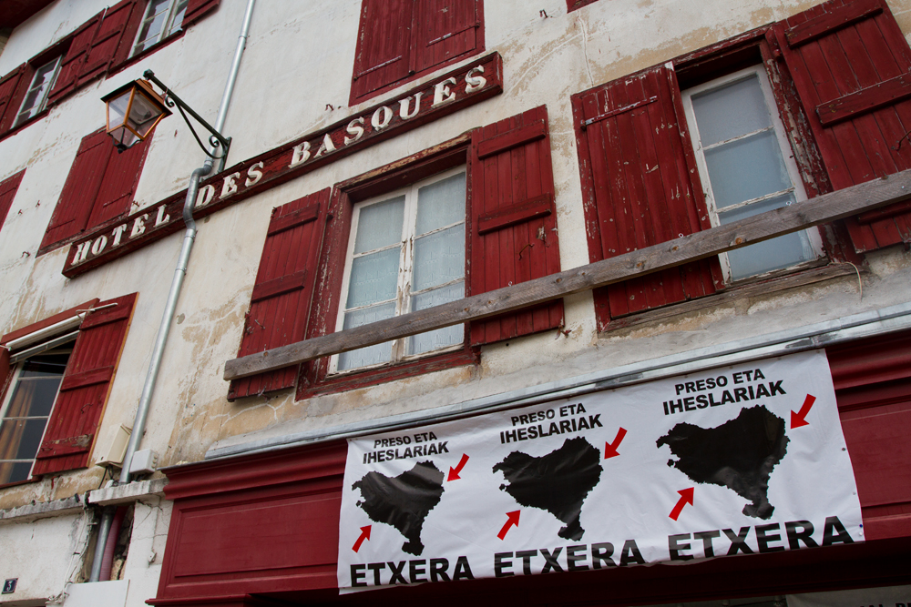 Hotel-de-los-Vascos